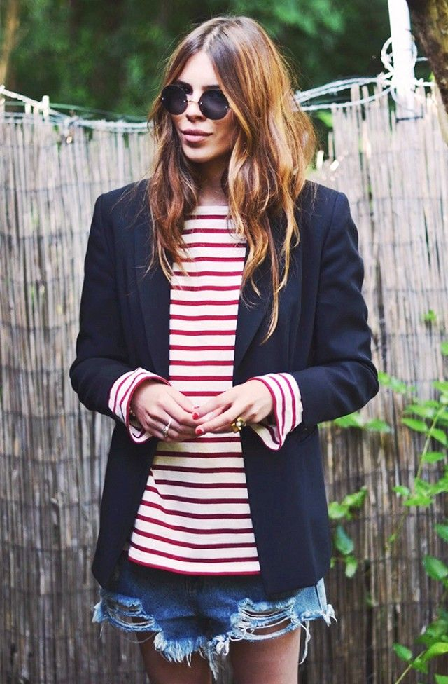 red-white-and-blue-red-and-white-striped-shirt-tee-stripes-navy-blazer-classic-preppy-hamptons-party-bbq-cutoffs-and-blazers-summer-style-outfit-weekend-via-www