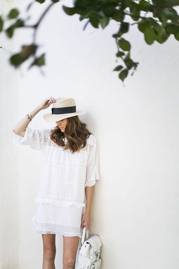 white-tunic-dress-beach-party-summer-outfit-lwed-eyelet-ruffle-straw-hat-via-couldihavethat